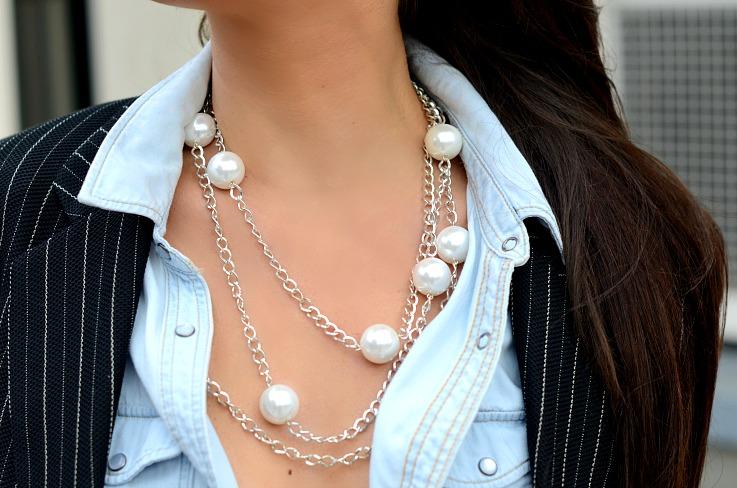 DSC_8369 Pearls On Denim