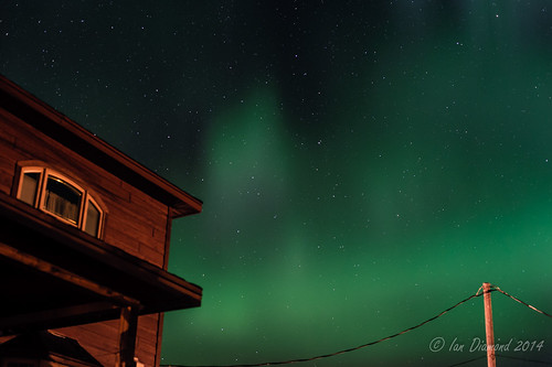 Neighbourhood Aurora Borealis STU_8471