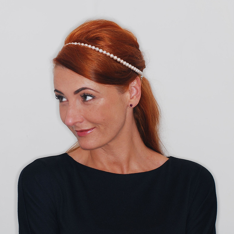 4 Modern Ways to Style a Classic Pearl Necklace | 4. As a hairband