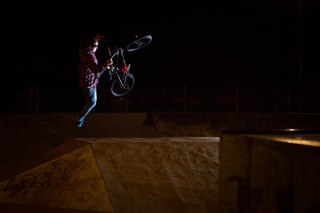 Tom Simpson DSAB no hander perth skatepark