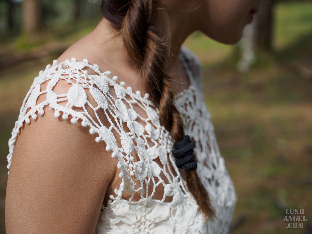 lace-white-dress