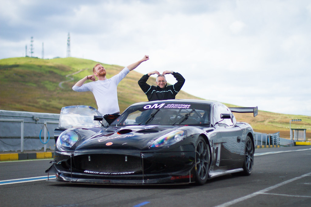 the guys at Akre Motorsport, a ginetta at knockhill race ciruit scotland