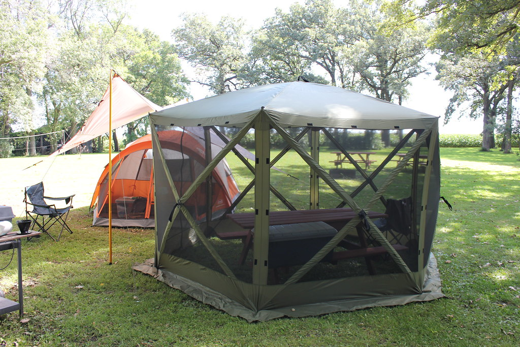 Approved Set-up | The Coleman tent, Kelty tarp and the Clam