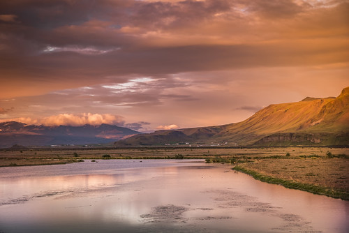 landeyjahöfn iceland river colors sunset reflections mountain sky clouds light landscape paysage beautyinnature beautiful sizuneye nikond750 nikon d750 tamron2470mmf28 tamron 2470mm gettyimages