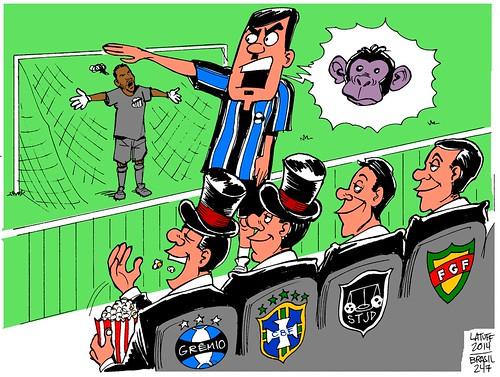 Goleiro Aranha do @santosfc, o racismo e os cartolas, por Carlos Latuff