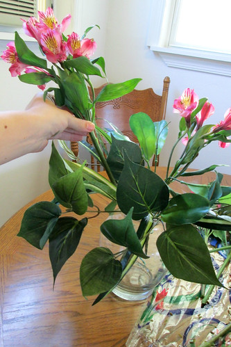 Making Your Own Gorgeous Flower Arrangement for Less than $15