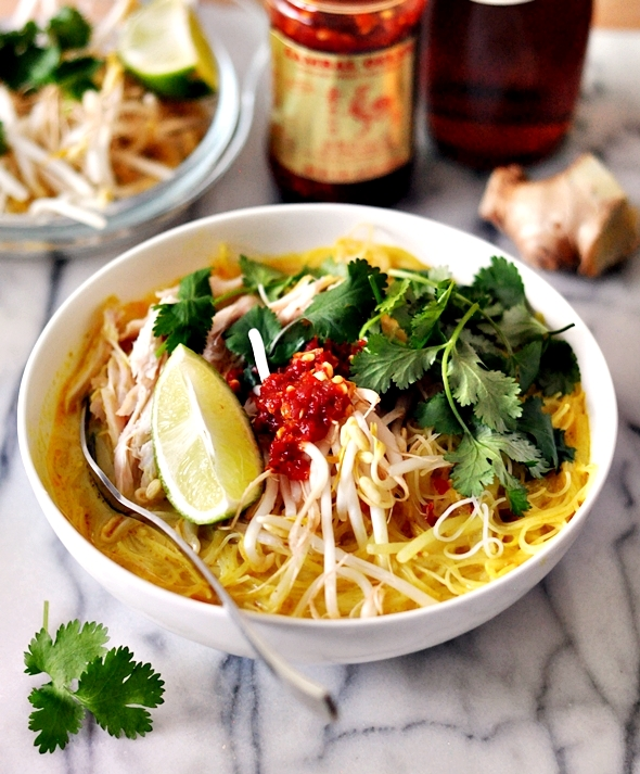 [Recipe] Thai Chicken Noodle Soup by Nigella Lawson | www.fussfreecooking.com