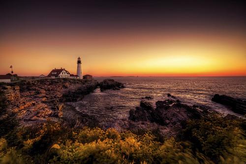 sunrise portland maine clear headlighthouse