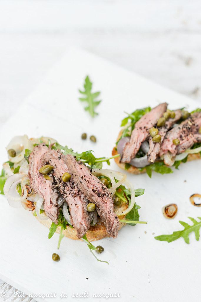 bavette (flank steak) open sandwich