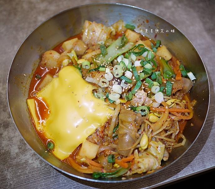 7 朝鮮味韓式起司辣燉雞肉飯