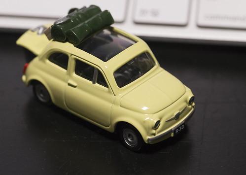 TOMICA FIAT500 カリオストロの城_03