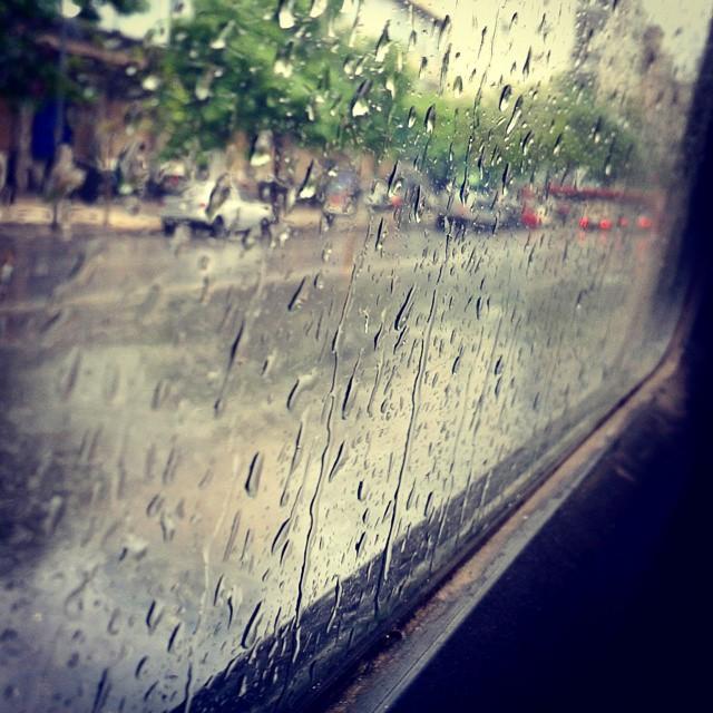 La lluvia me sorprendió esta mañana :) #rain #perfectday