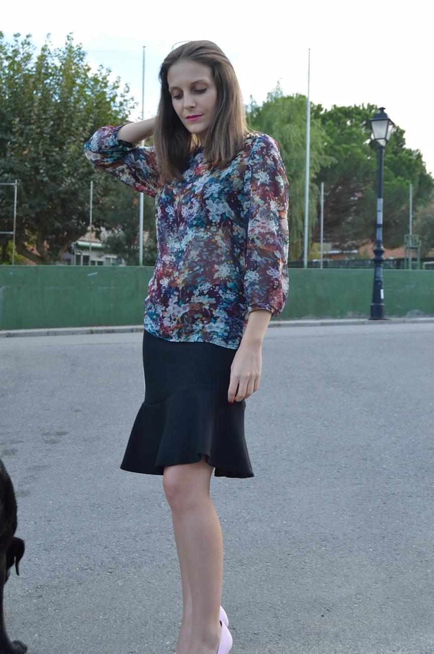 lara-vazquez-madlula-chic-skirt-look