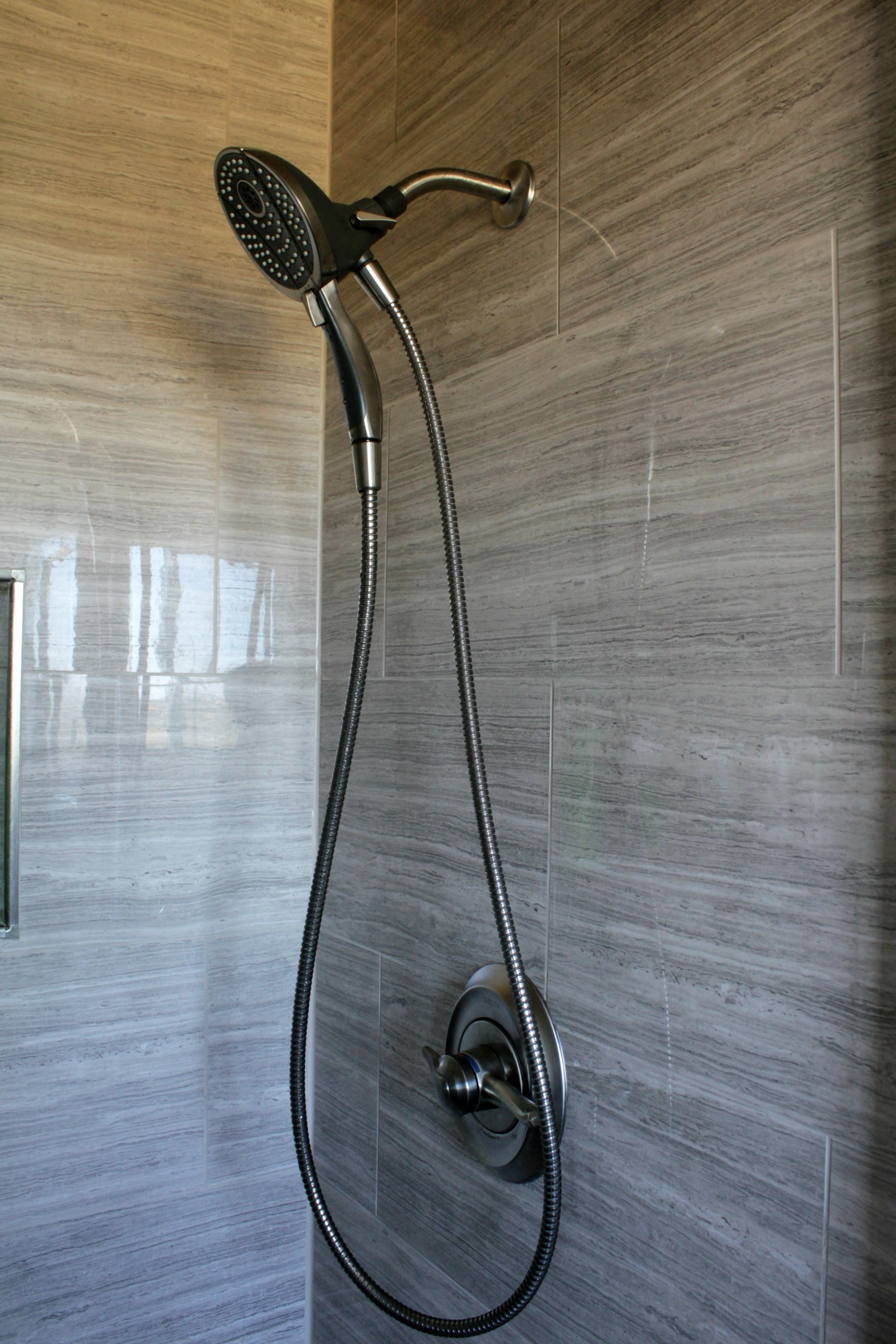 ensuite bathroom renovation delta in2ition carlisle showerhead