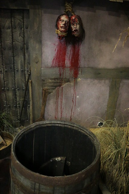 Roanoke Cannibal Colony haunted house at Halloween Horror Nights 2014, Universal Orlando