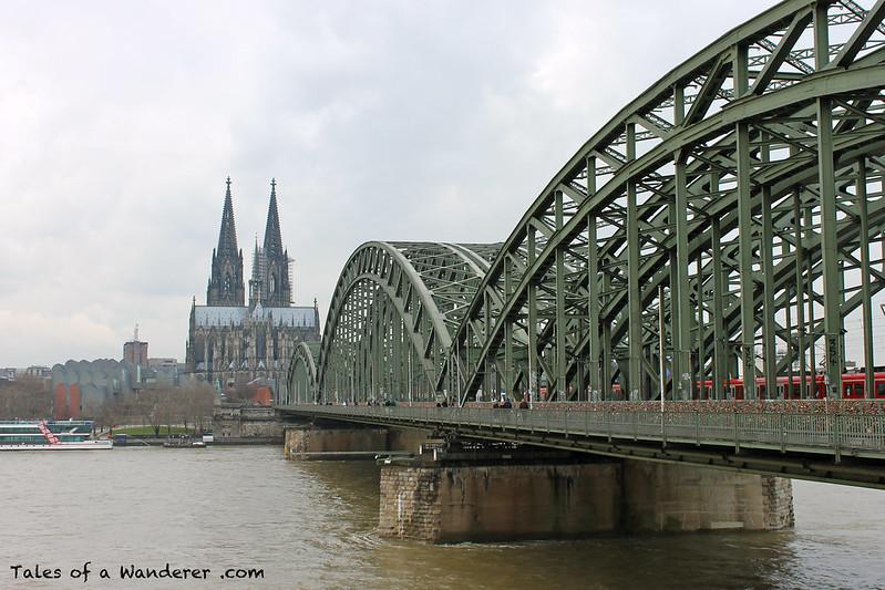 KÖLN - Kölner Dom / Hohenzollernbrücke