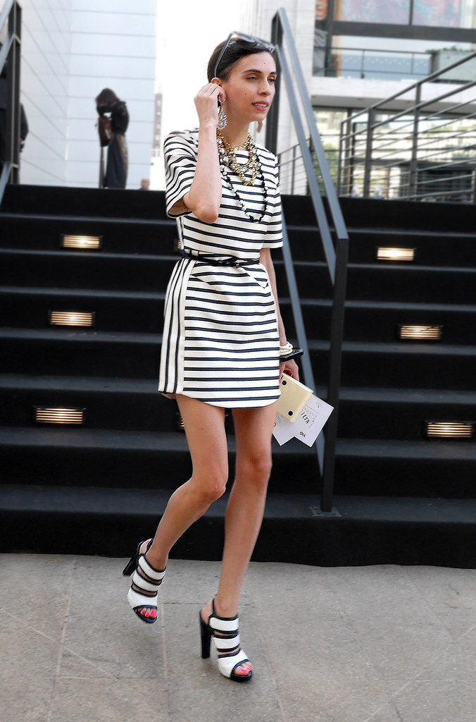FW9-14  35w black and white stripe dress wide strap white with blakc heeled sandals