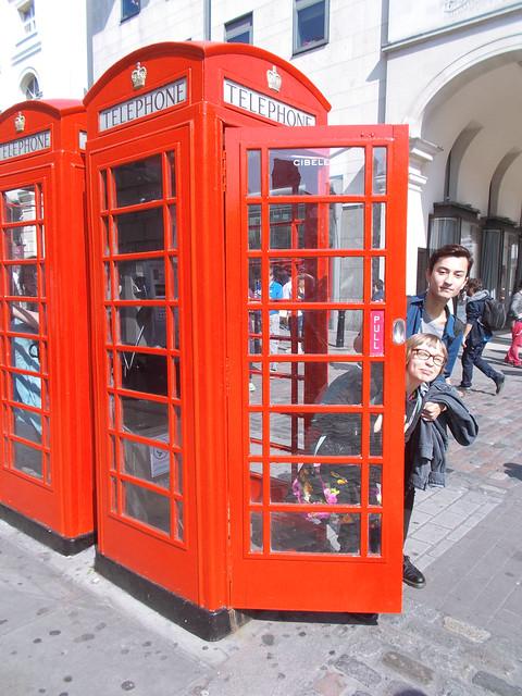 LONDON 0953