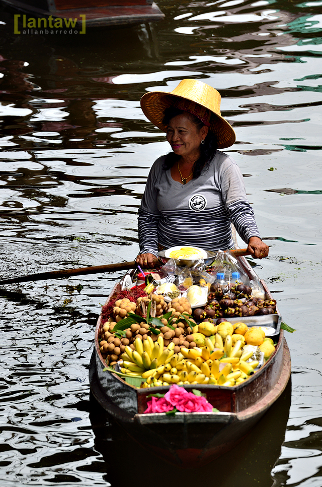 Smiling fruit vendor