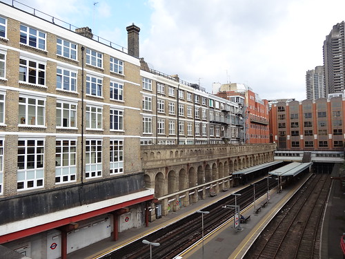 08u - Barbican station from Farringdon Crossrail east