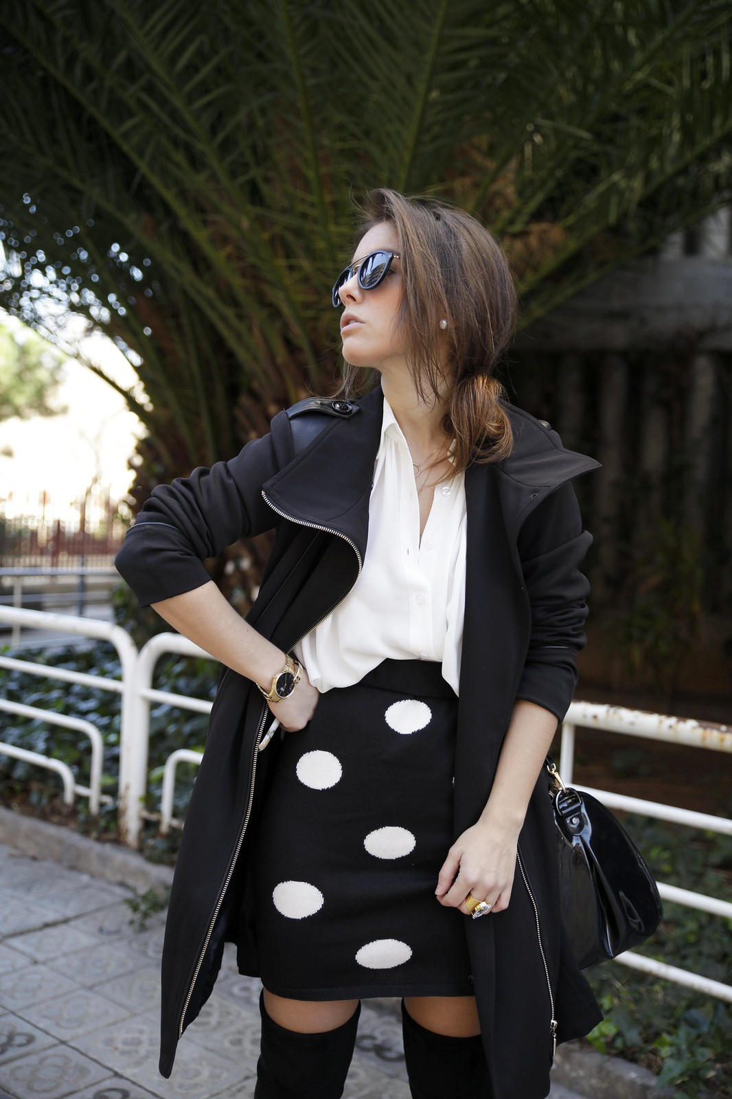 013__skirt_dots_black_and_white_outfit_theguestgirl_ruga_shop_online_long_boots