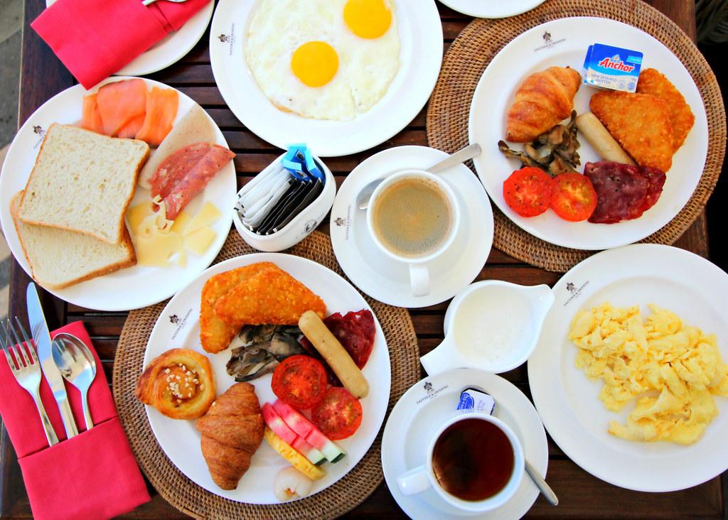eastern-oriental-penang-planters-lounge-breakfast-buffet