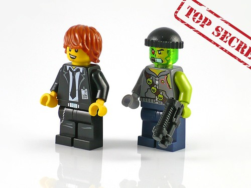 LEGO Ultra Agents 70160 Riverside Raid fig01
