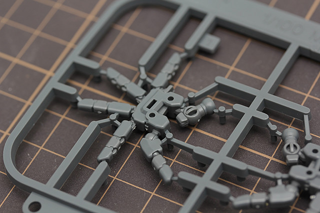 鋼普拉模型開盒報告 再生的霸王 RE/100 第一彈 MSN-04II Nightingale 夜鶯上篇