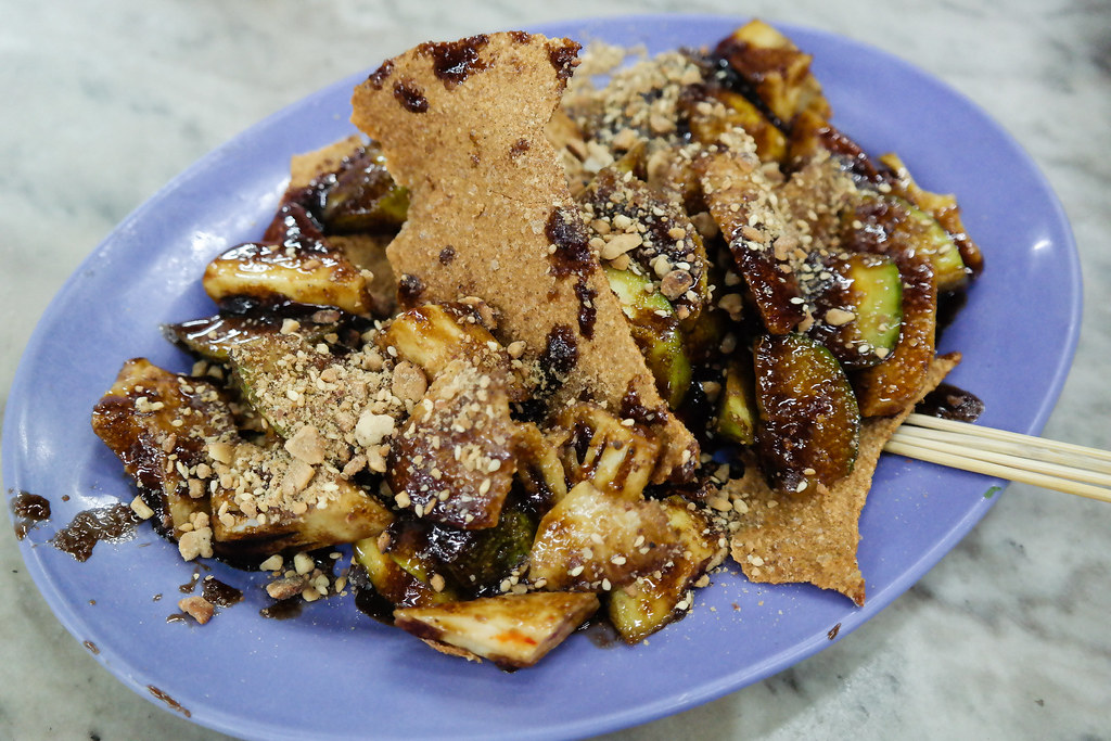 Ipoh Food Guide: Rojak @ Restoran Ding Hao