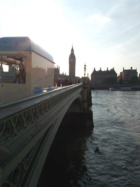 LONDON 1033
