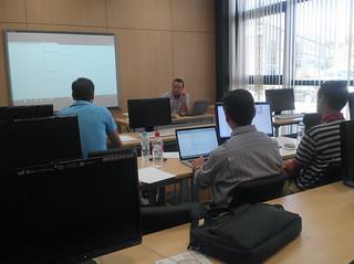 Sesión de formación al profesorado sobre uso del Campus Virtual en instalaciones de UNIA de Málaga