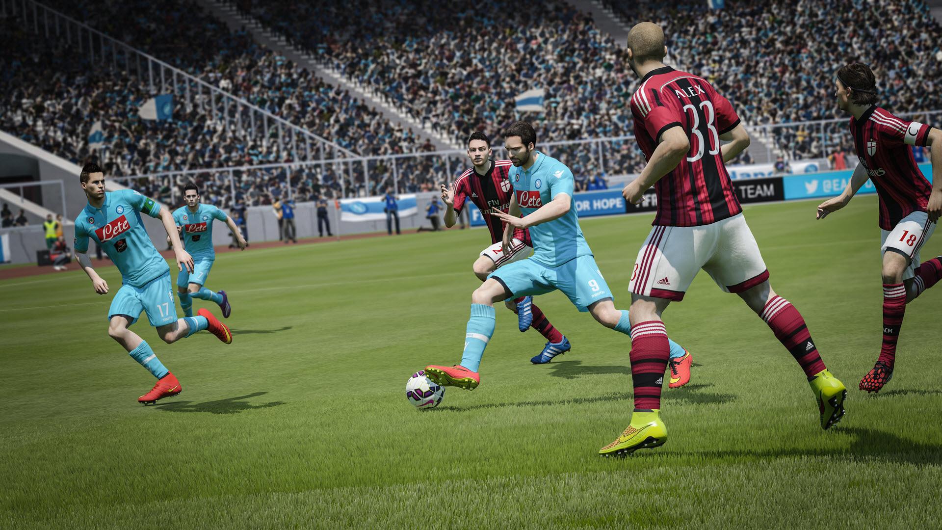 FIFA15_XboxOne_PS4_Napoli_vs_ACMilan_Agility&Control