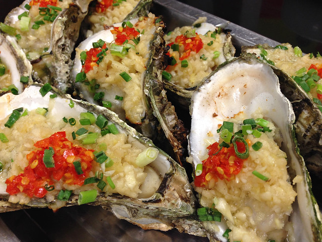 Grilled oyster of Changping style