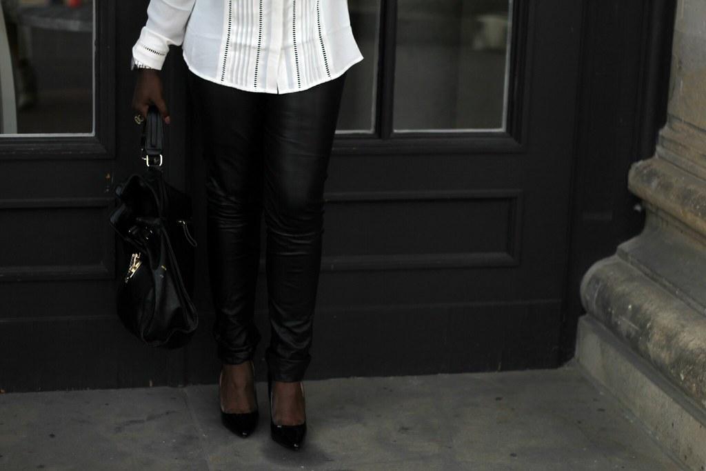 Lois Opoku x Mexx lisforlois bw outfit fashion