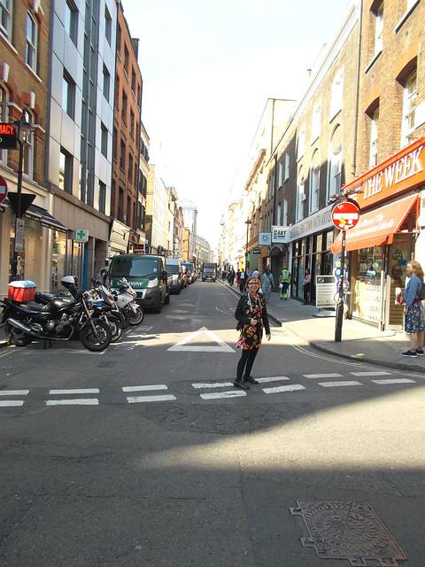 LONDON 0974