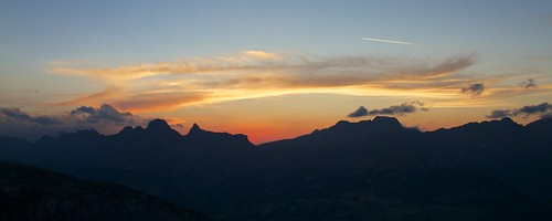 sunset clouds landscape schweiz switzerland sonnenuntergang hut alpen landschaft glarus swissalps abendrot legler