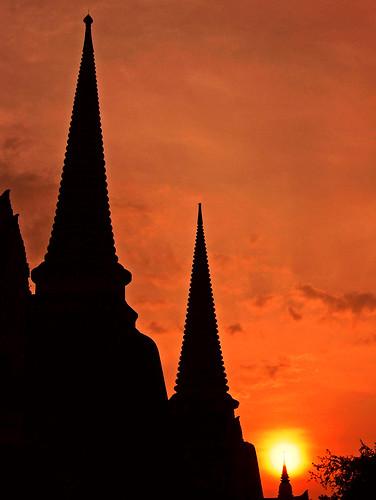 travel thailand temple ruins southeastasia capital backpacker ayutthaya