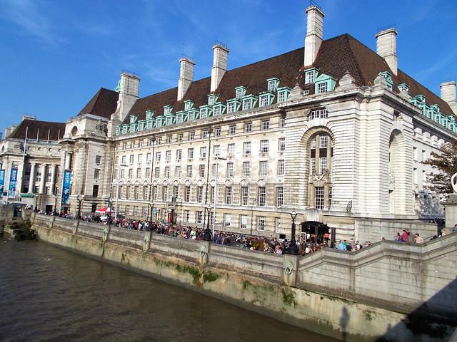 LONDON 1037