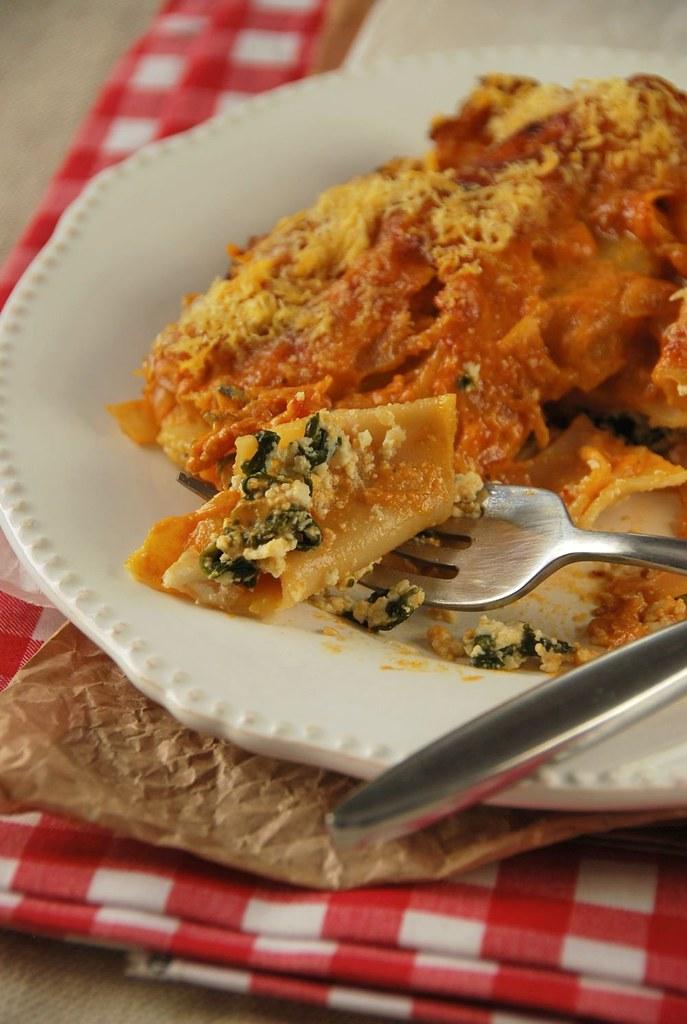 Spinach Cannelloni In Tomato And Mascarpone Sauces
