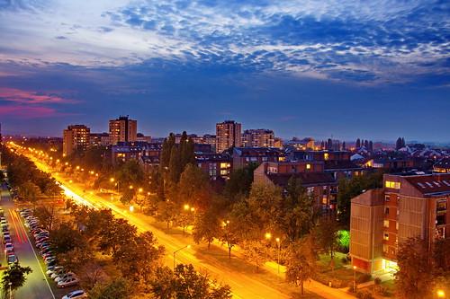 street sad novisad crkva serbiaandmontenegro novi srbija nocne novonaselje kvart nocu serbianculture