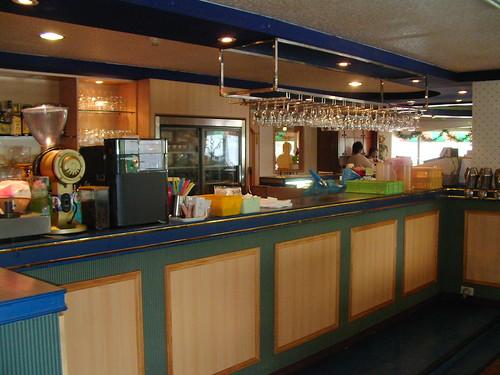 高雄新國際西餐廳的成長-改裝前 (6)