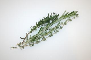 04 - Zutat frische Kräuter / Ingredient fresh herbs