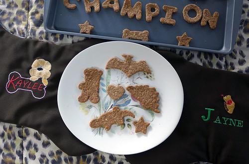 Carbs & Rec - Champion's Peanut Butter Oatmeal Birthday Biscuits (0016)