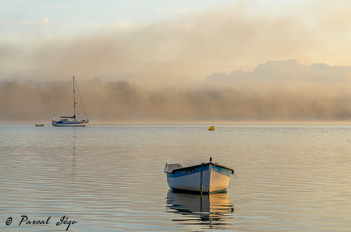 morning sea france sunrise landscape nikon brittany yacht bretagne paysage tamron voilier matin finistère océan d5100 nikond5100