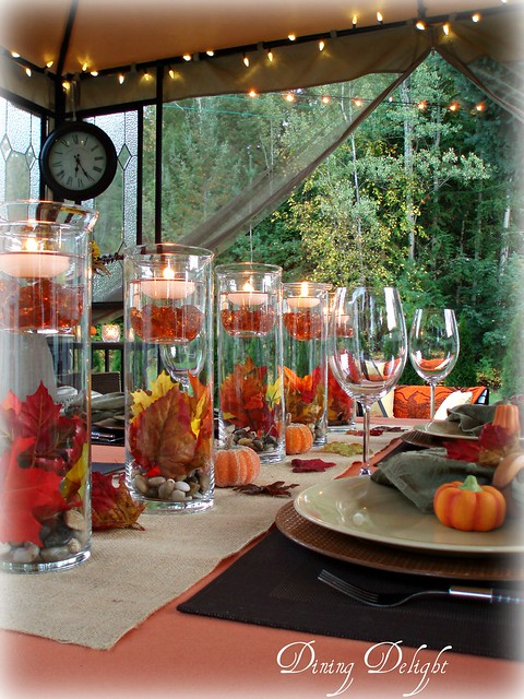 Dining delight outdoor fall tablescape for Outdoor brunch decorating ideas