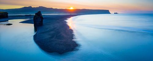 sunrise island is iceland europa europe vik arctic nordic sonnenaufgang islande leverdesoleil reynisfjara reynisdrangar dyrhólaey víkímýrdal