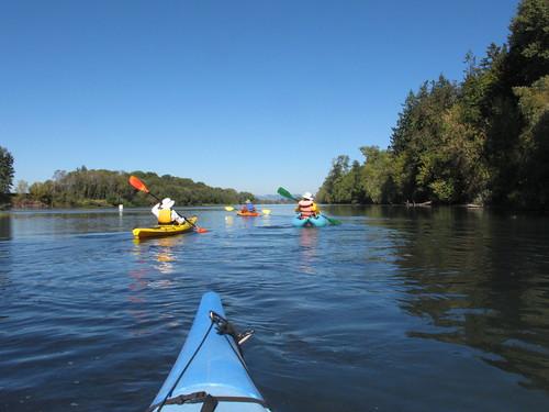 Peoria-Corvallis-Willamette-kayak-01-141003