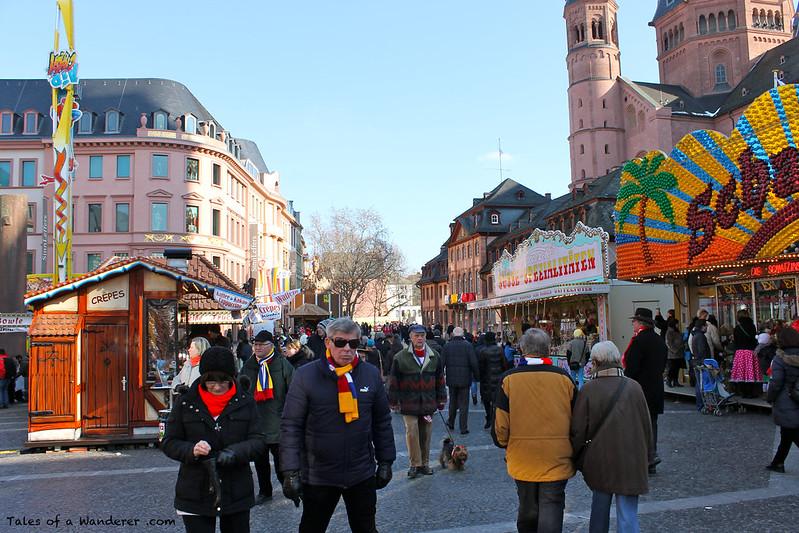 MAINZ - Markt - Mainzer Dom 'Hohe Dom St. Martin' - (Mainzer Fastnacht)