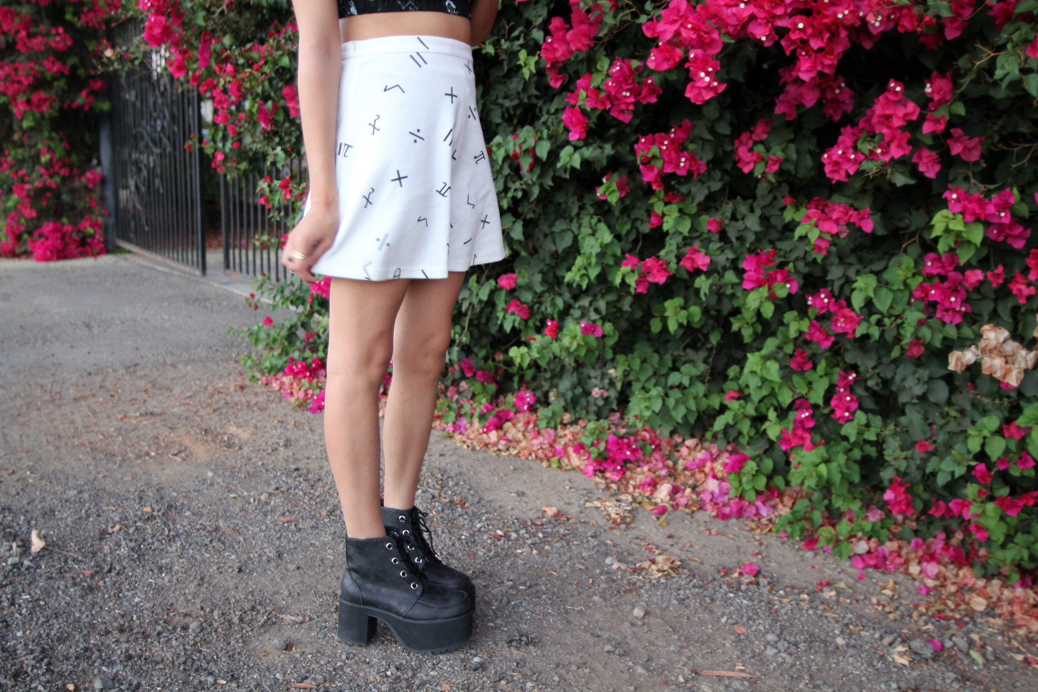 Punkiss Art Scribble Top, TUK platform Boots, Can U Not Algebraic Circle Skirt