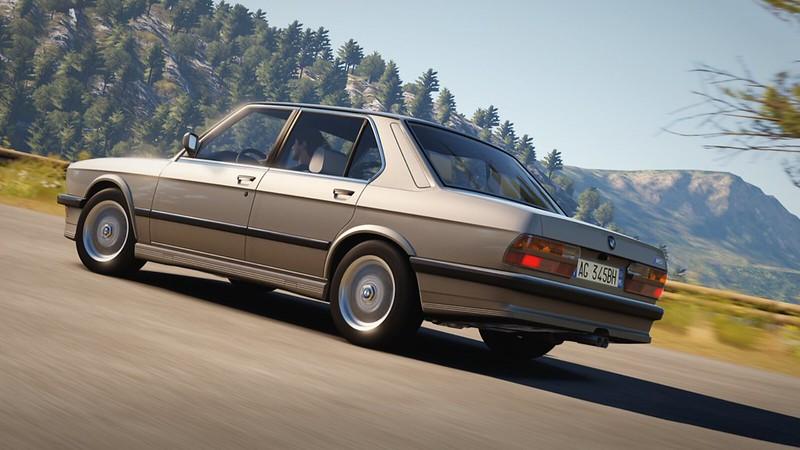 1988 BMW M5 (E28)